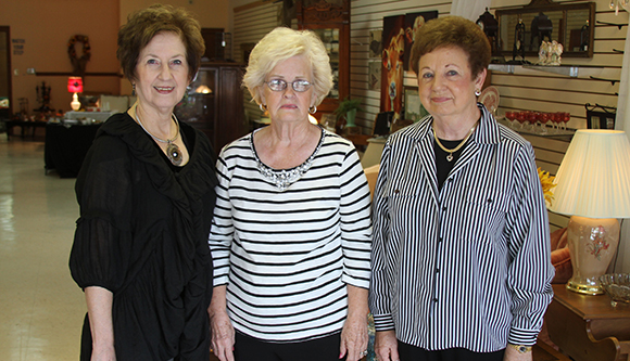 Antique Mall opens on Bruce Square